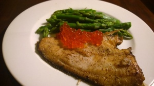 Plaice with asparagus and salmon eggs